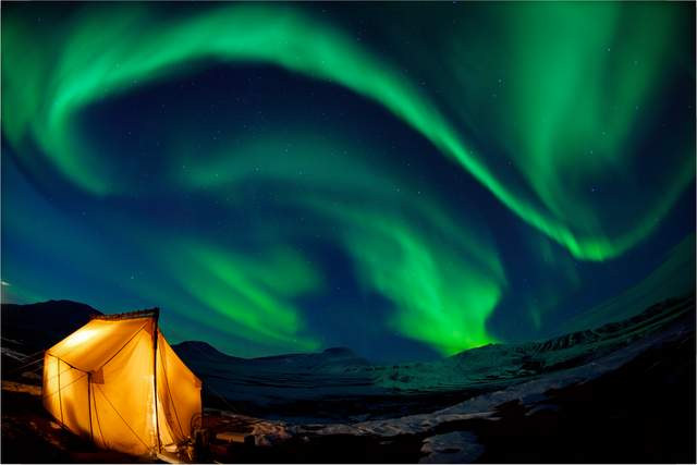 Northern Lights Bright Travel Ideas